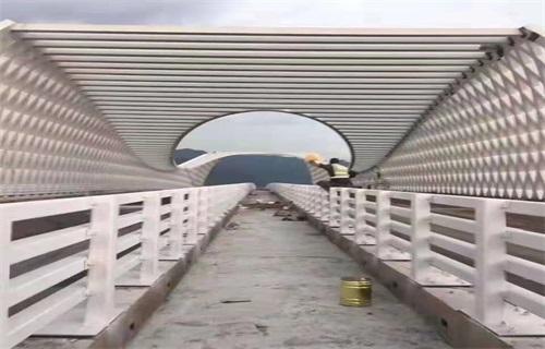 山东桥梁防撞栏杆批发
