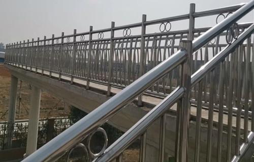 驻马店小区不锈钢护栏 护栏生产厂家