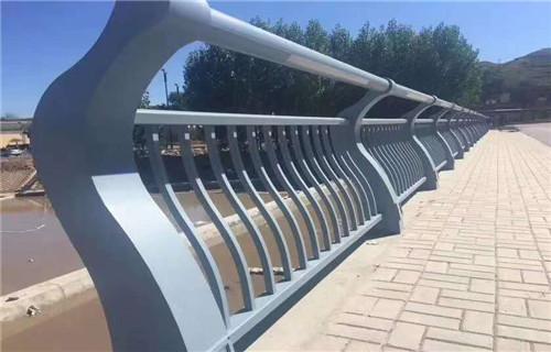 泉州桥梁护栏栏杆护栏安装办法