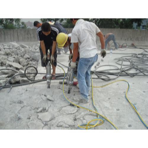 安康花岗岩破碎用哪种碎石机好岩石破拆分裂棒