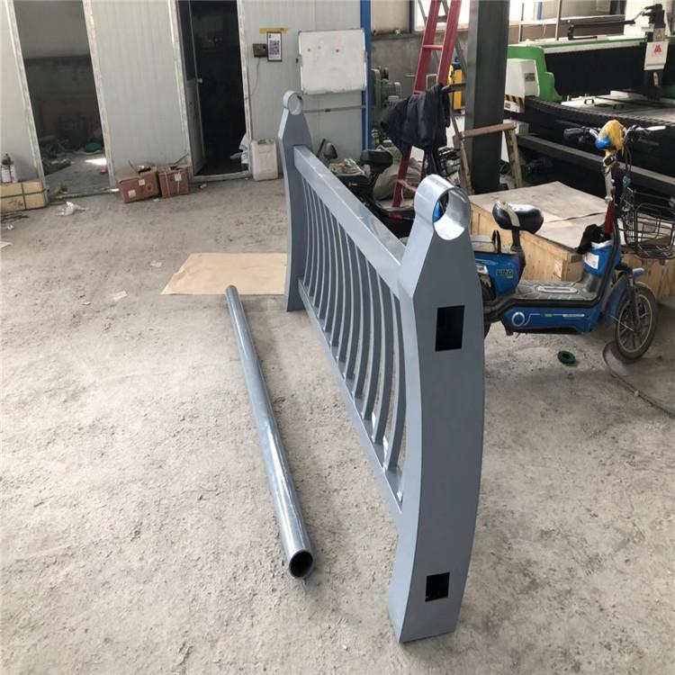 天水防撞不锈钢复合管护栏