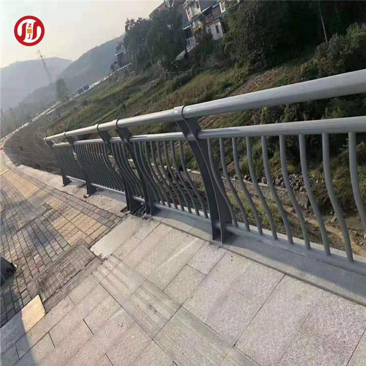 汉中不锈钢防撞护栏