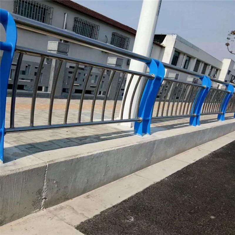 山东不锈钢道路交通栏杆厂家