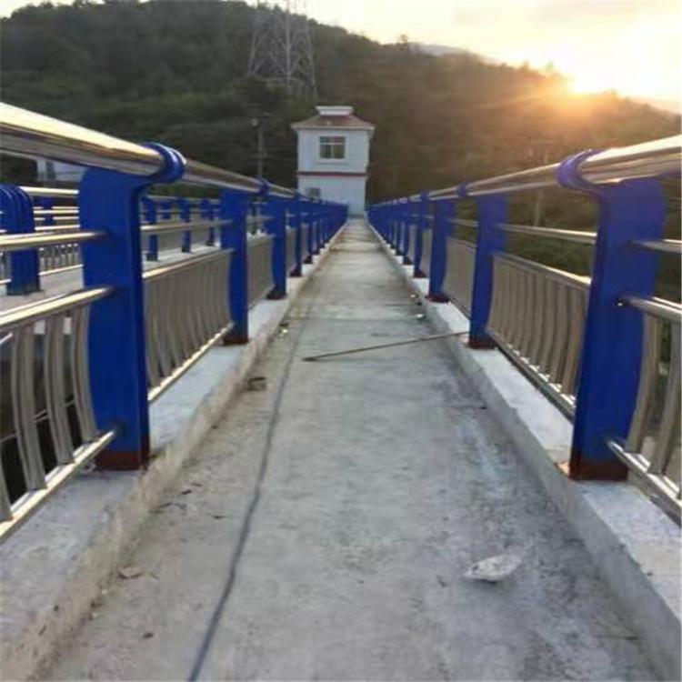 天水不锈钢复合管道路护栏