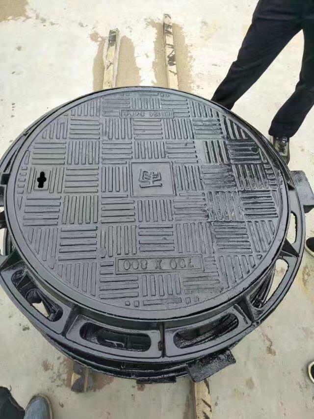 驻马店绿化带用圆600铸铁井盖现货
