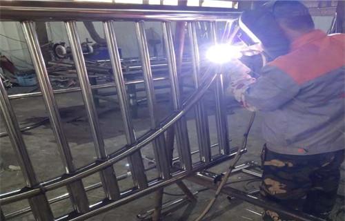 长春桥梁河道护栏专业生产厂家