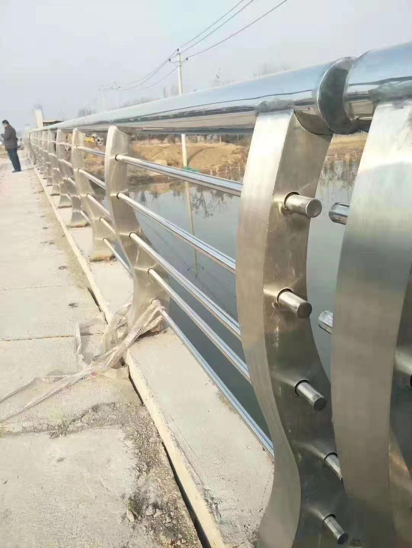 济南316不锈钢复合管护栏价格公道合理