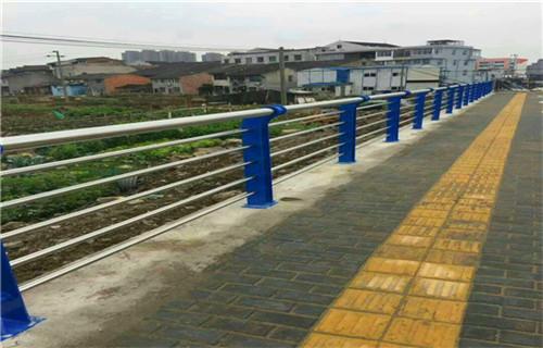 3月份长春102*3不锈钢复合管桥梁护栏加工定制