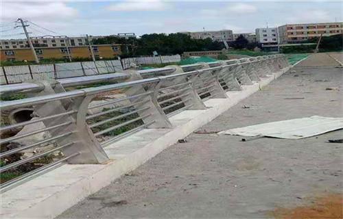 3月份河源桥梁复合管防撞栏杆多少钱安装