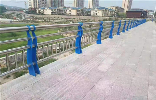 四川内江80*3不锈钢桥梁护栏性能稳定