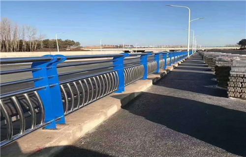 百色不锈钢复合管桥梁护栏加工定制