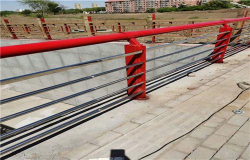 江苏常州桥梁防撞护栏热销新款