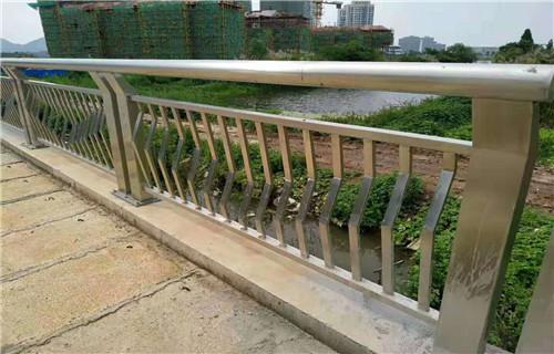 黔南201不锈钢复合管桥梁护栏美观耐用
