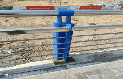 山东济南桥梁防撞栏杆安装便捷