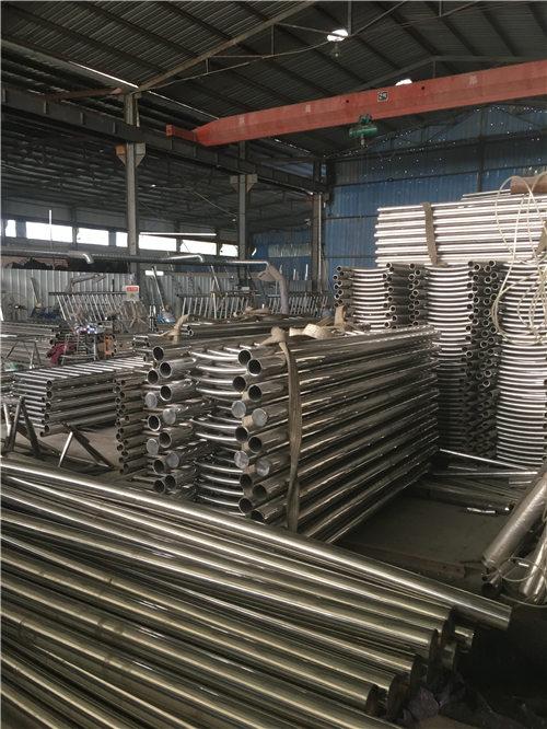 乌鲁木齐不锈钢复合管规格多年生产经营