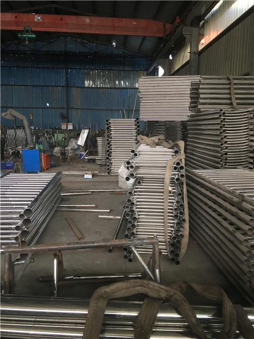 青海不锈钢复合管规格经久耐用