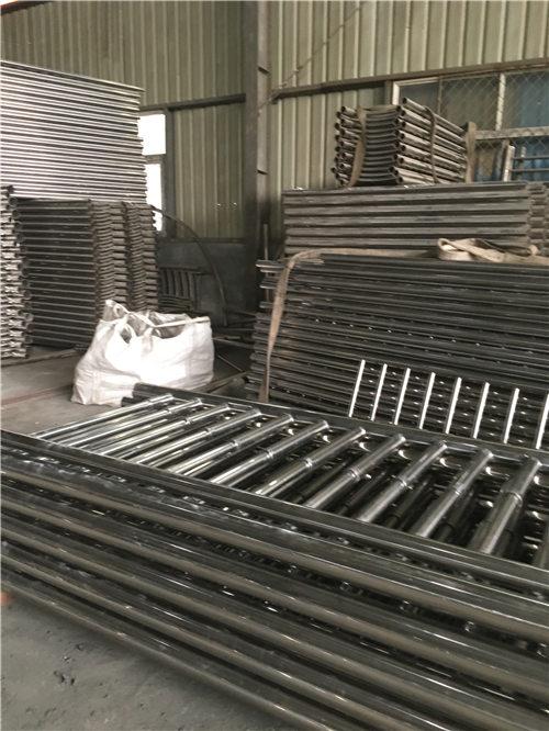 玉树桥梁不锈钢复合管材料行业专注