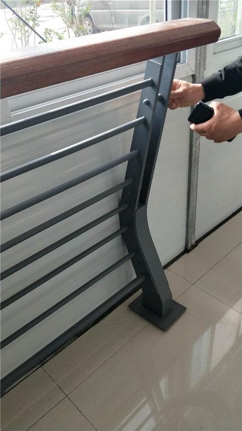 天水桥梁钢板立柱工艺精湛