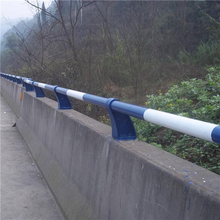 济南防撞护栏规格齐全