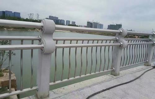 天水不锈钢钢板支架配件批发
