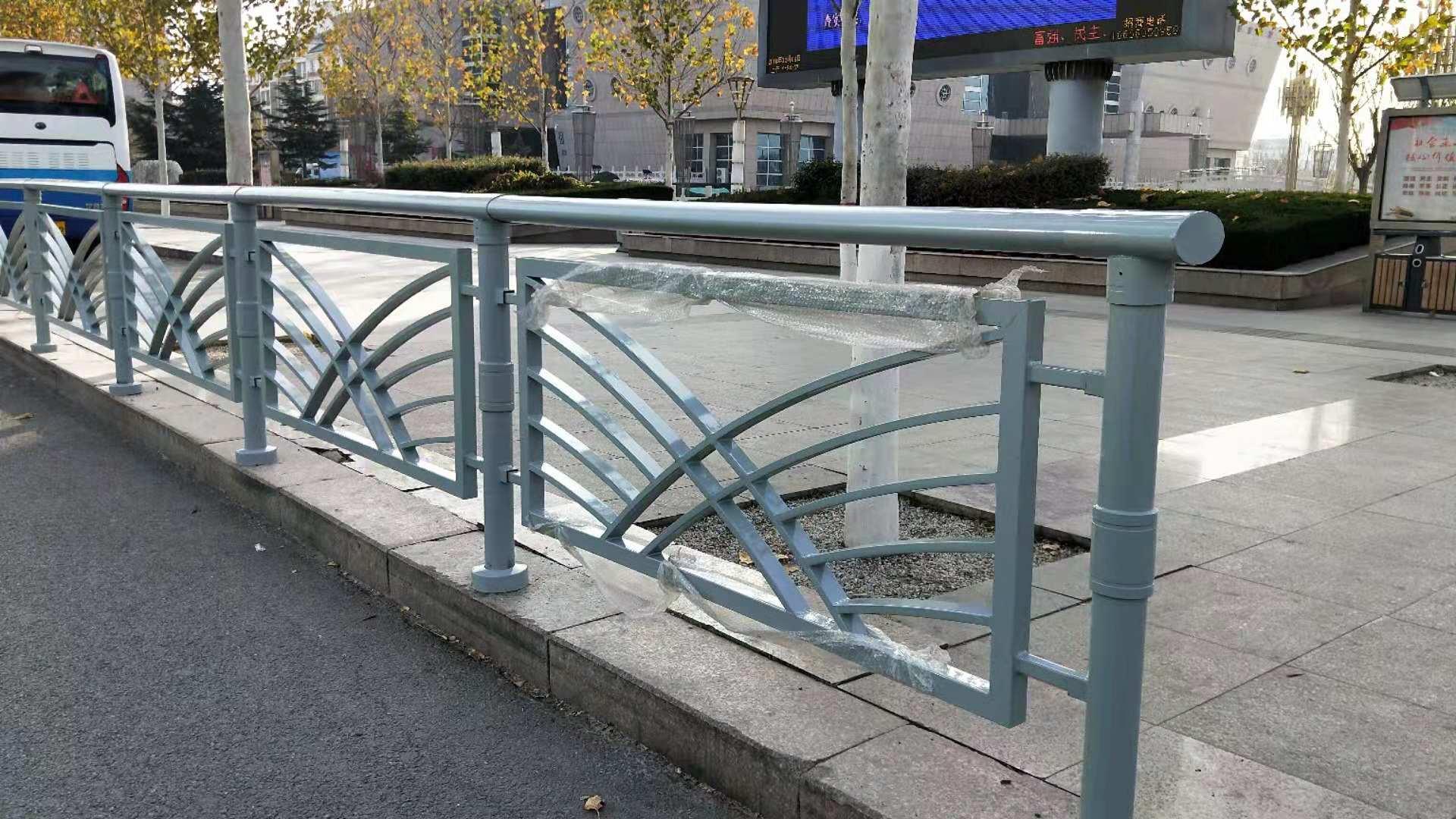 常州不锈钢复合管护栏价格